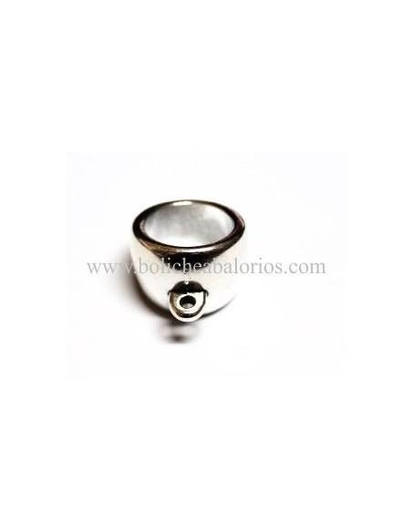 Tubo de 20 mm con anilla