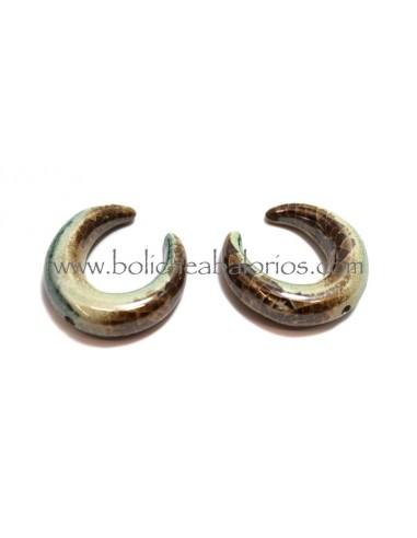 Colgante Doble Cuerno de Ceramica 38 mm