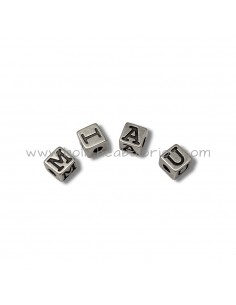Cubos  metal con letras